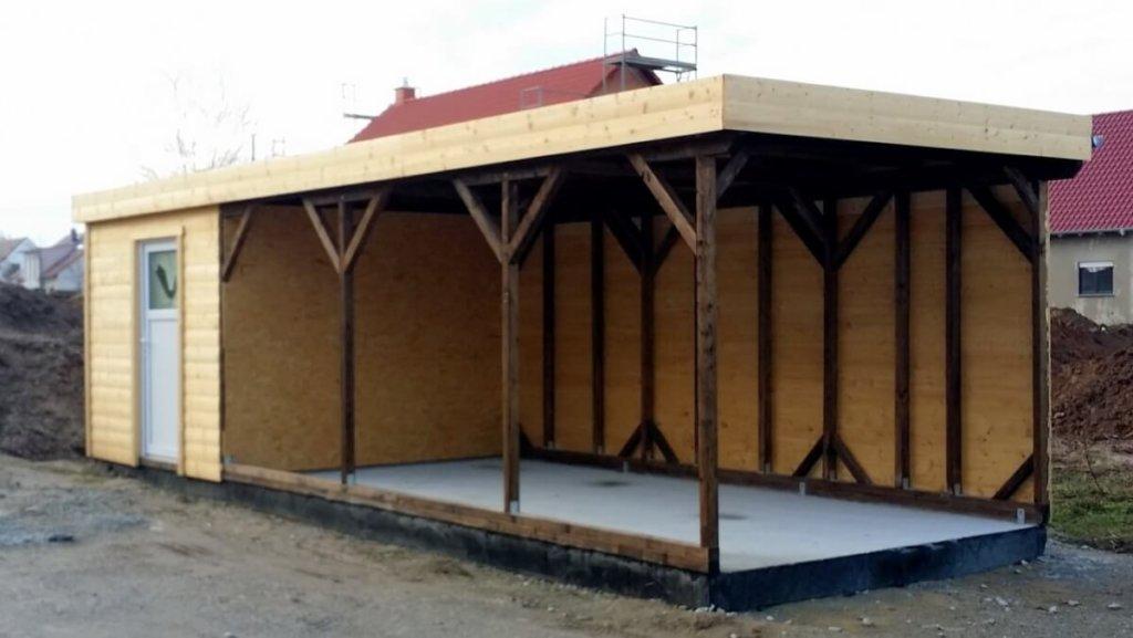 Carport mit Kellerersatzraum und zwei geöffneten Seiten