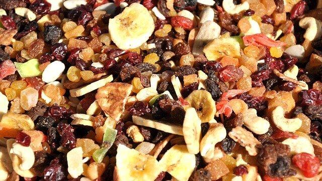 """Superfoods: Trockenfrüchte als """"Crunchy Fruits"""" neu aufgelegt"""